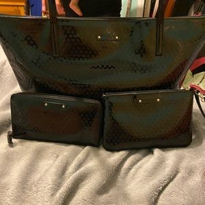 Kate spade tote wallet and wristlet